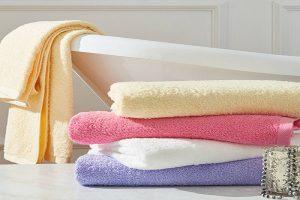 Khăn tắm cho bé được làm từ chất liệu đảm bảo