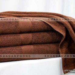 Khăn tắm màu nâu socola